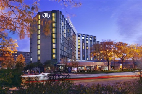 Chicago Airport Hotels >> Ord Hotel And Parking Deals Park Stay Fly From 107